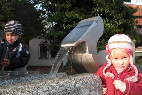 trinkwasserbrunnen-trinkbrunnen-kalkmann-kontakt-kunst-modell-pelikan-3