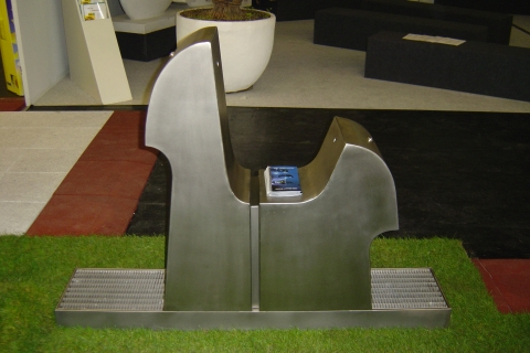 trinkwasserbrunnen-trinkbrunnen-kalkmann-kontakt-kunst-köln-messe-fsb-2