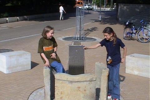 trinkwasserbrunnen-trinkbrunnen-kalkmann-kontakt-kunst-anderten
