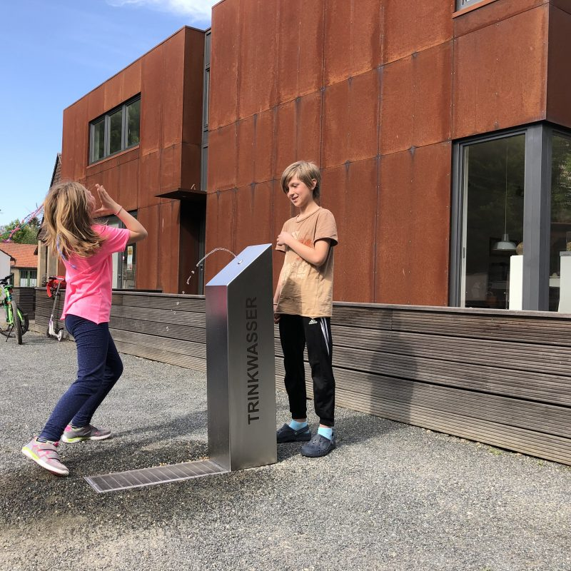 Kalkmann Kontakt Kunst Trinkwasserbrunnen TBg eckig