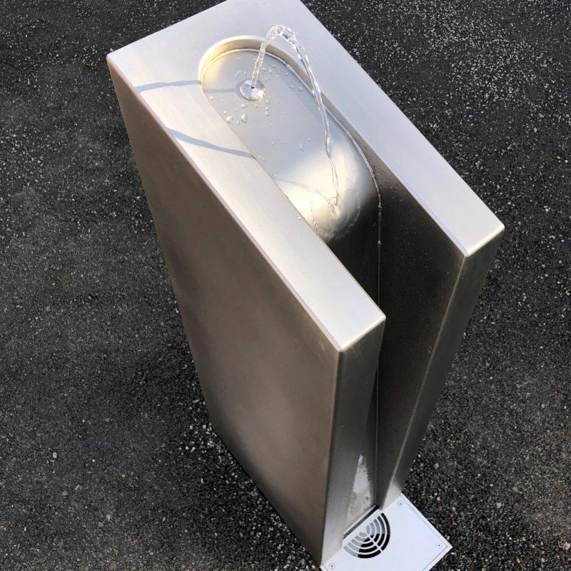 Kalkmann Kontakt Kunst Trinkwasserbrunnen TBg eckig mit internem Ablauf